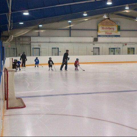 Moses Springer Community Centre Skating Rink