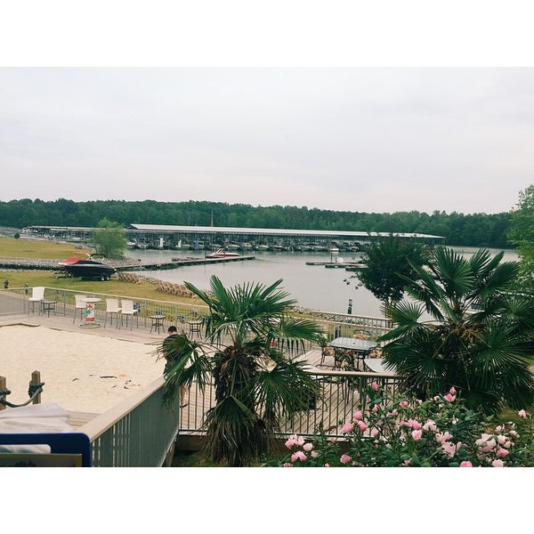 Photo taken at Fish Tales Lakeside Grille by Austin S. on 5/14/2015