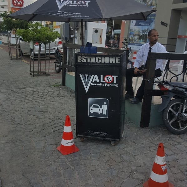 Foto tirada no(a) Casa Nostra por Valet Security Parking M. em 9/13/2017