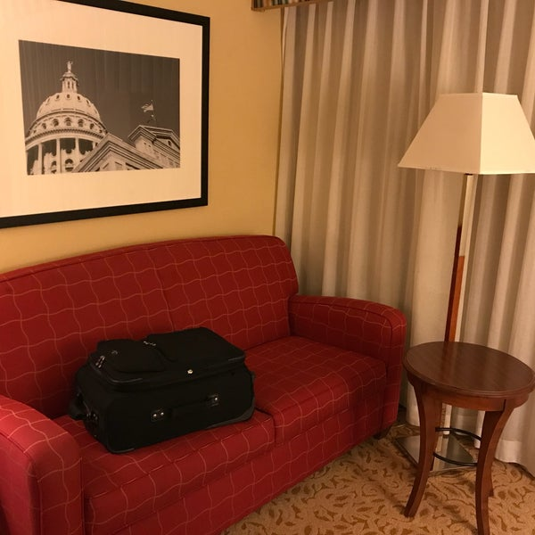 Photo taken at Houston Marriott South at Hobby Airport by Tony D. on 10/31/2017