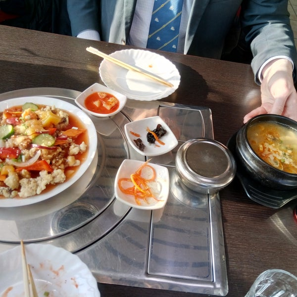 Снимок сделан в Korean BBQ гриль пользователем Николай К. 2/9/2017