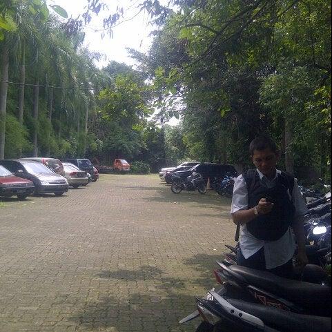 Photo taken at Institut Ilmu Sosial dan Ilmu Politik (IISIP) by Djony H. on 12/1/2012