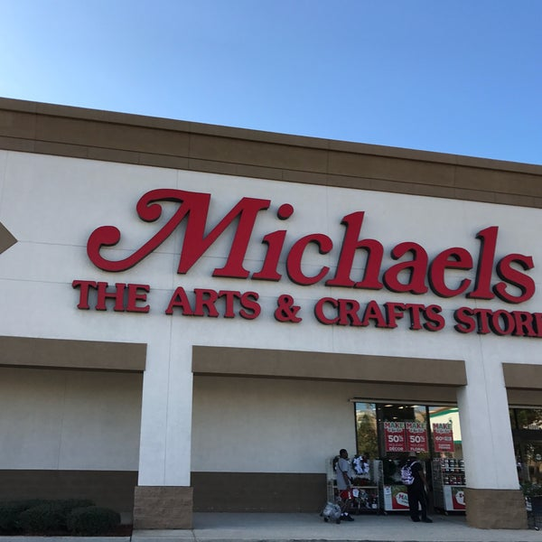 Michaels Arts And Crafts Cashiers