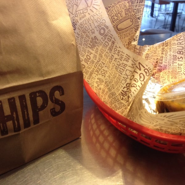 Photo taken at Chipotle Mexican Grill by John M. on 11/30/2013