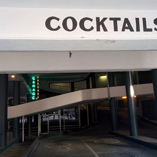 Cocktail Bar In Downtown Austin