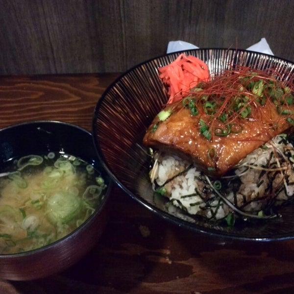 Photo taken at 日本橋 紅とん 池袋ビックリガード店 by Kimihiro S. on 4/23/2014