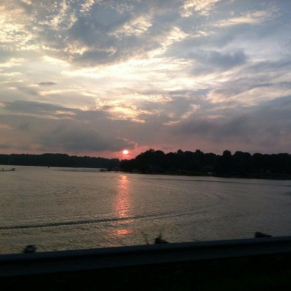 Photo taken at Eddies on Lake Norman by Ana B. on 8/31/2013