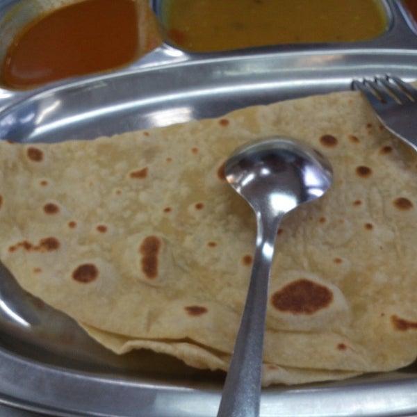 Photo taken at Restoran Al-Naz Maju by ecah s. on 12/10/2015