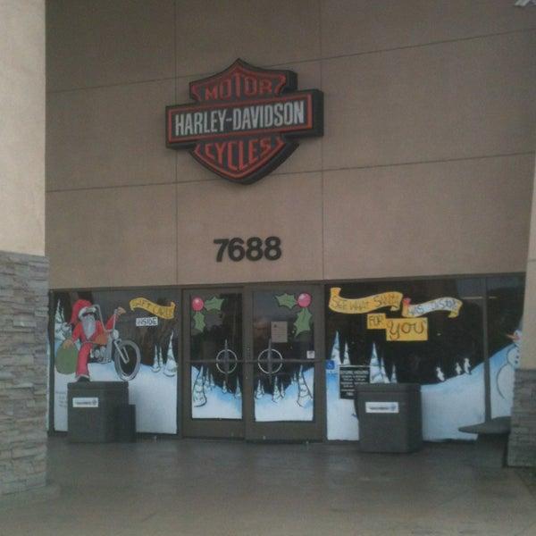 Foto tomada en Riverside Harley-Davidson por jorDe' el 12/23/2012