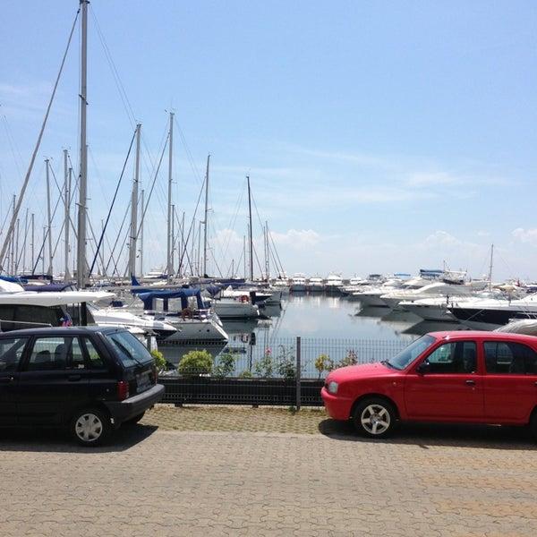 6/6/2013 tarihinde Tolgay S.ziyaretçi tarafından Ataköy Marina'de çekilen fotoğraf