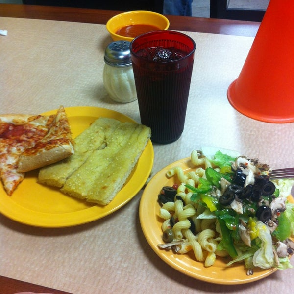 Photo taken at Cicis by Esme55☕❤ on 3/28/2013