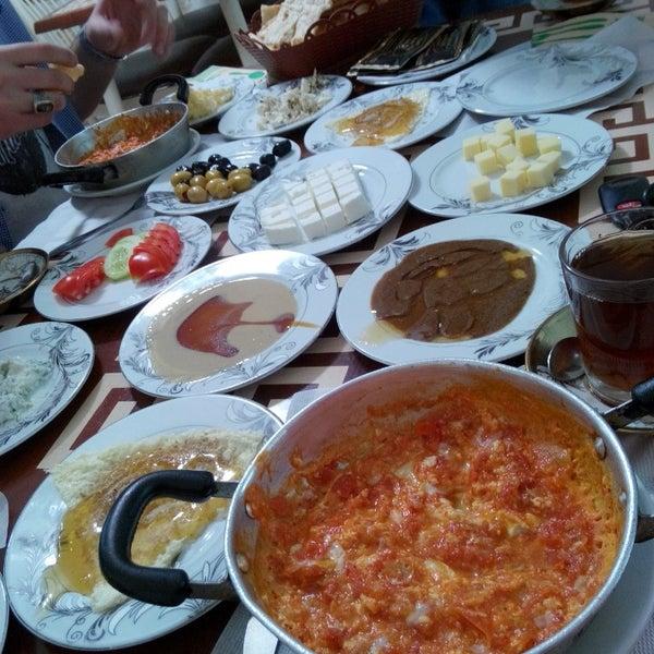 5/9/2015 tarihinde ... ..ziyaretçi tarafından Yeni İmsak Kahvaltı Salonu'de çekilen fotoğraf