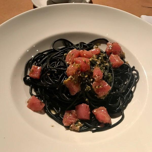 Photo taken at do eat by Elizaveta V. on 2/28/2017
