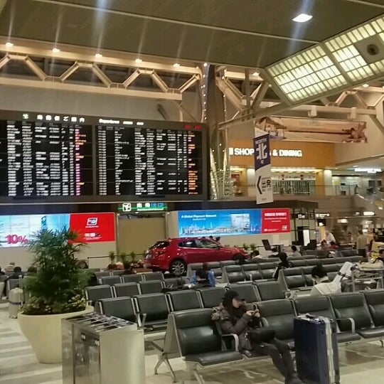 Photo taken at International Departure Lobby by Tatsuya F. on 1/20/2017