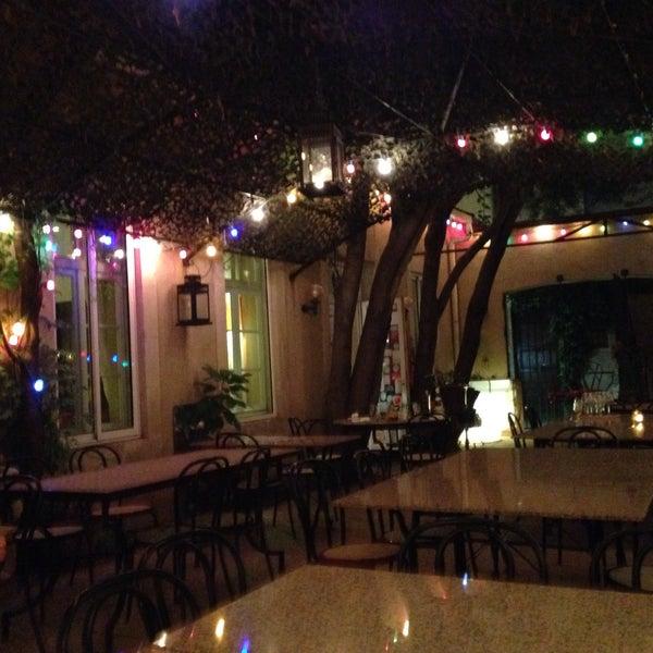 Le jardin de la tour 24 visitors for Au jardin les amis restaurant singapore