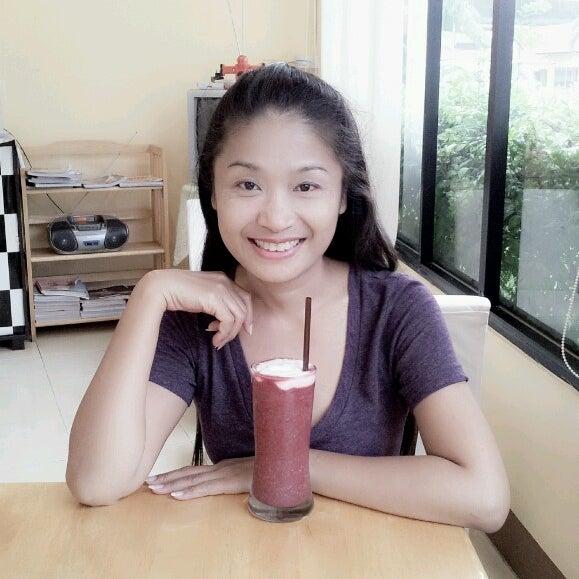 Photo taken at Coffee Bla Bar by Nirada R. on 8/25/2013