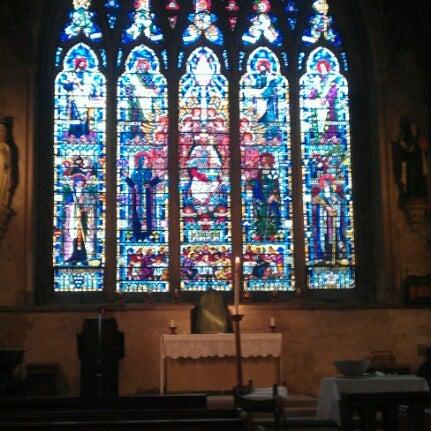 Foto tomada en St Etheldreda por Alex B. el 10/28/2012