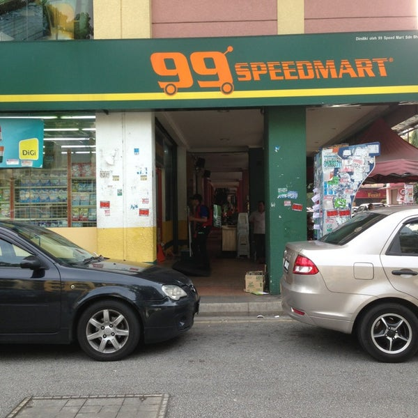 """99 speedmart Razer pay launches in malaysia — razer — """"razer pay is the e-wallet designed for youth and millennials over 6,000 major retail and f&b outlets will accept razer pay, with participating brands such as 7-eleven, starbucks, singer, cosway, greyhound café, wendy's, kenny rogers, krispy kreme, 99 speedmart, tealive, thundermatch, sweet hut and more."""