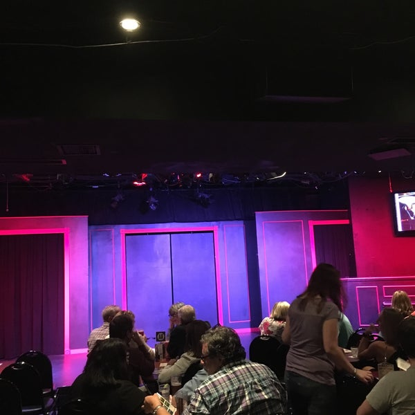 Photo taken at Brave New Workshop Comedy Theatre by Patrick B. on 8/12/2017