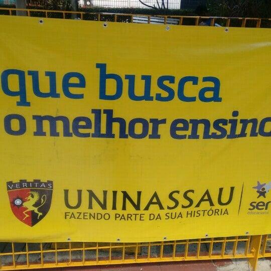 Foto diambil di UNINASSAU - Centro Universitário Maurício de Nassau oleh Mingo B. pada 11/11/2015