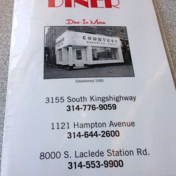 Photo taken at Courtesy Diner by Cunom A. on 5/12/2015