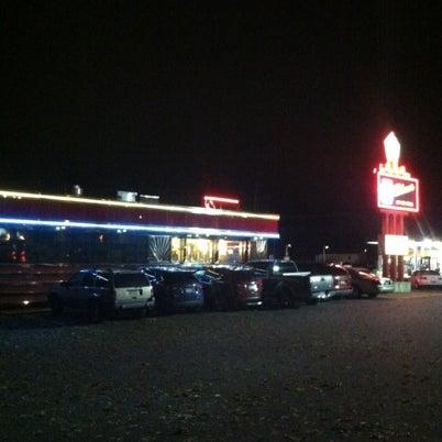 Foto tirada no(a) Route 61 Diner por Tommy D. em 11/1/2012