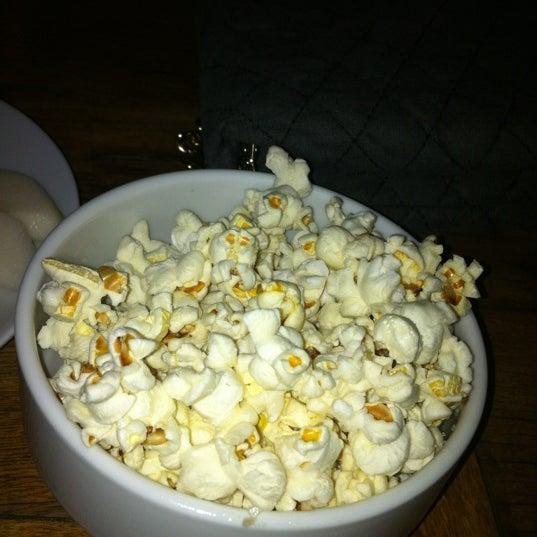 12/9/2012 tarihinde Burhan B.ziyaretçi tarafından Uno Restaurant'de çekilen fotoğraf