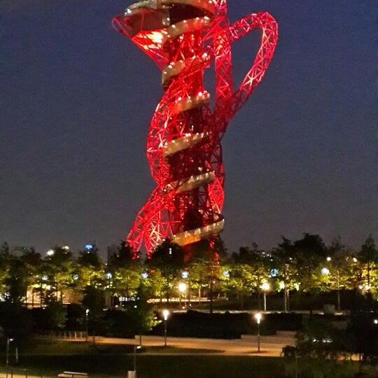 5/17/2014 tarihinde Gorken G.ziyaretçi tarafından Queen Elizabeth Olympic Park'de çekilen fotoğraf