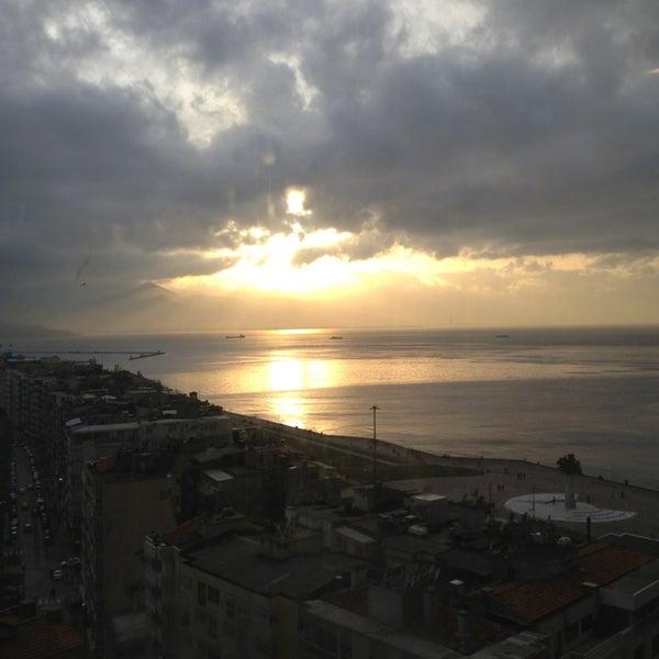2/2/2013 tarihinde Metin S.ziyaretçi tarafından Ege Palas Business Hotel'de çekilen fotoğraf