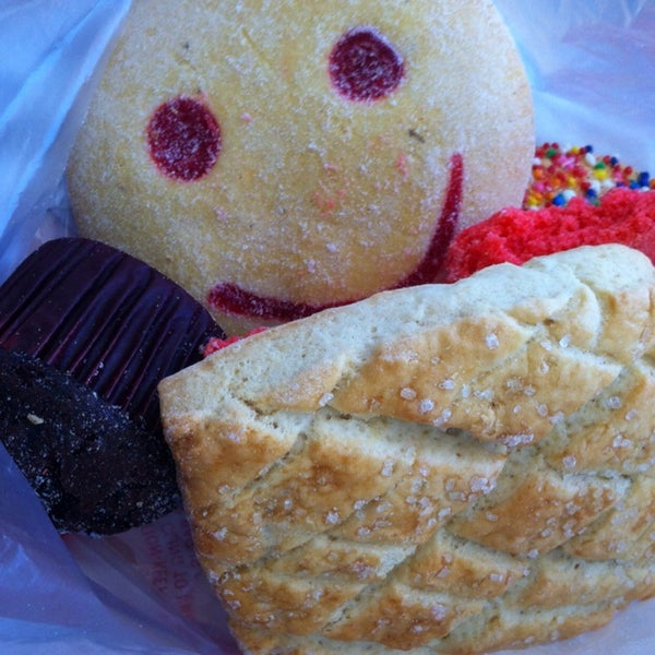 pan dulces. 5 sweet bakery treats for $2