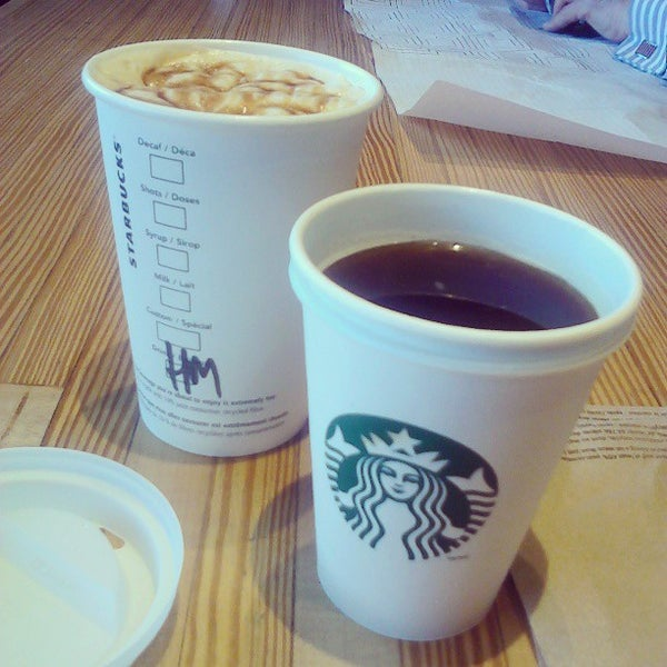 Photo taken at Starbucks by MH on 3/22/2013