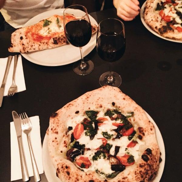 standard pizza prenzlauer berg 149 tips from 1260 visitors. Black Bedroom Furniture Sets. Home Design Ideas