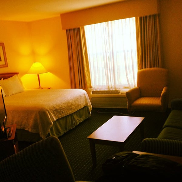 Photo taken at TownePlace Suites Dallas Las Colinas by KzN  . on 9/2/2013