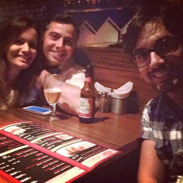 Foto tirada no(a) Mr. Pub por Diogo F. em 6/8/2014