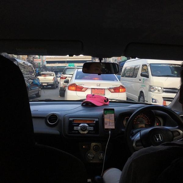Photo taken at Sutthisan Intersection by Prame J. on 3/30/2017