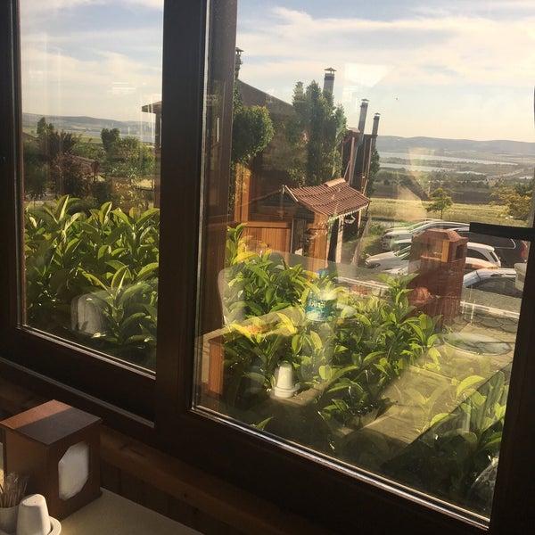 10/5/2017 tarihinde Can❤️Ebru.....ziyaretçi tarafından Gölköy Restaurant'de çekilen fotoğraf