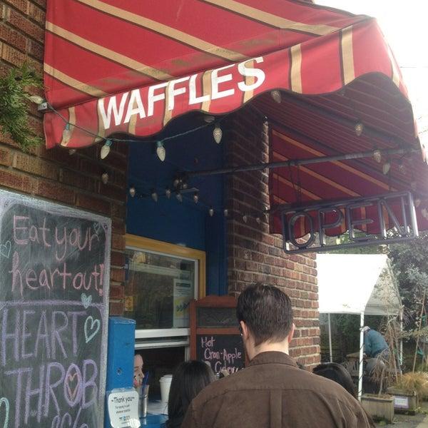 Foto tirada no(a) The Waffle Window por Sarah D. em 2/23/2013