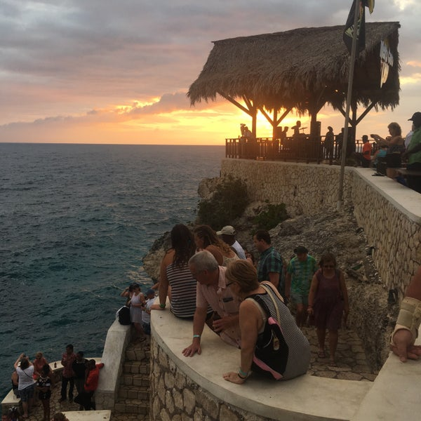 Where's Good? Holiday and vacation recommendations for Negril, Jamaica. What's good to see, when's good to go and how's best to get there.
