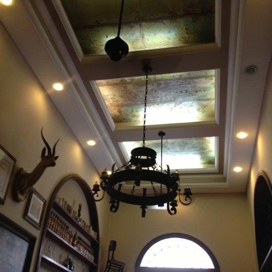 Foto diambil di Gambrinus oleh Denizar A. pada 10/27/2012