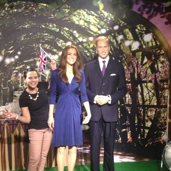 Photo taken at Madame Tussauds by Fernanda A. on 7/20/2013