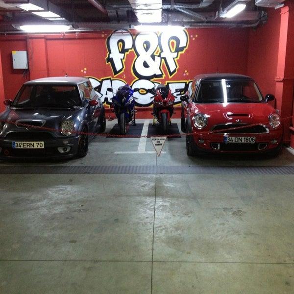 1/23/2013 tarihinde Fatih K.ziyaretçi tarafından F&F Car Clean'de çekilen fotoğraf