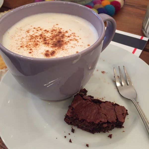 Best brownies and Chai Latte on the planet!