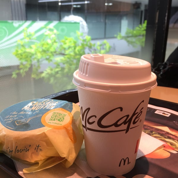 Photo taken at McDonald's by 2015 タ. on 4/17/2017