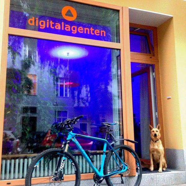 Das Foto wurde bei digitalagenten GmbH Consulting Agentur für digitales Marketing von Lorenz W. am 4/24/2014 aufgenommen