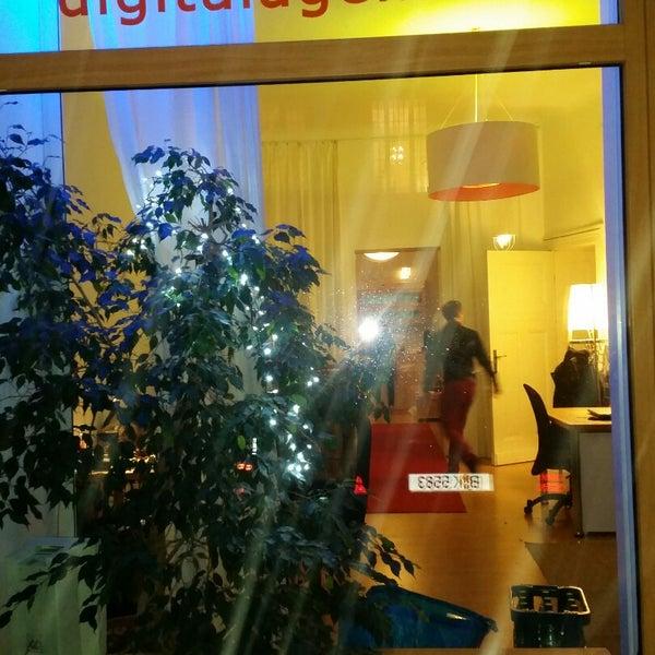 Das Foto wurde bei digitalagenten GmbH Consulting Agentur für digitales Marketing von Lorenz W. am 12/11/2014 aufgenommen