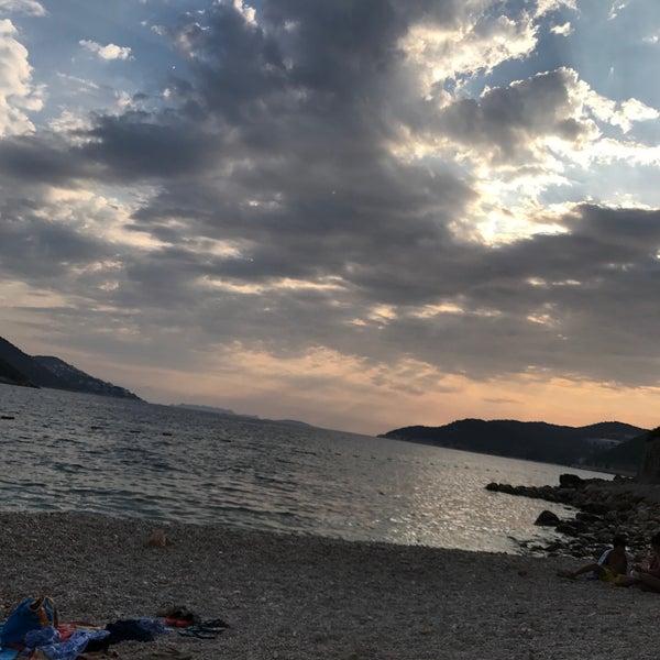 8/29/2017 tarihinde 🇷🇪🌙🇪🔌 U.ziyaretçi tarafından Olympos Mocamp Beach Club'de çekilen fotoğraf