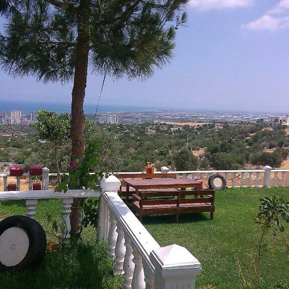 Photo taken at Cennet Koyağı Kahvaltı Evi by Halil Y. on 6/13/2015