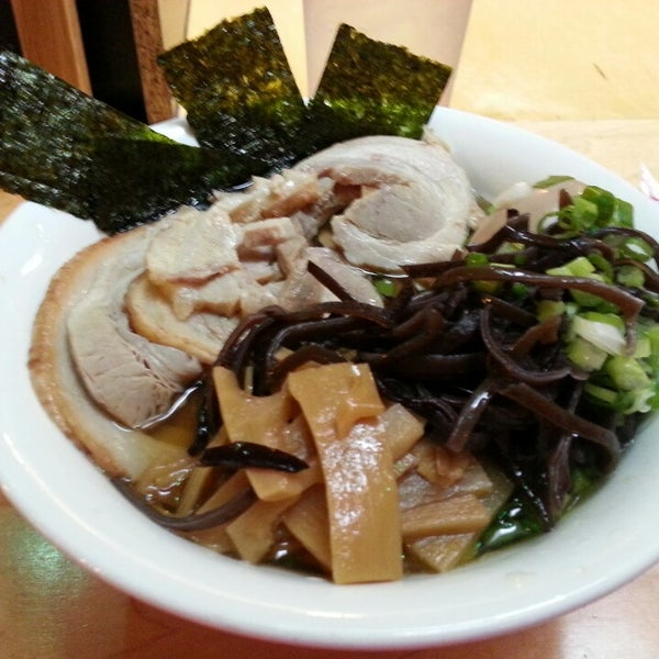 Photo taken at Samurai Noodle by Meee M. on 8/30/2013