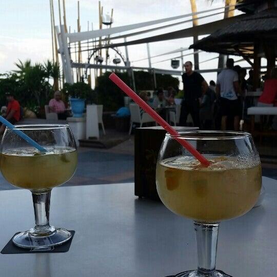Foto tomada en Playa Miguel Beach Club por Margret d. el 9/26/2015