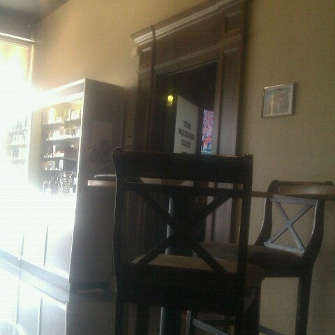 Photo taken at Smoky's Tobacco and Cigars by Tim Hobart M. on 9/22/2012